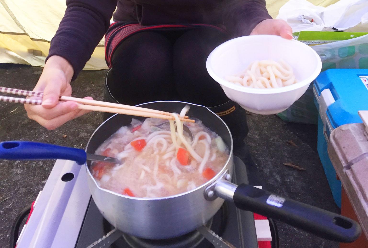 キャンプで作る豚汁