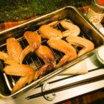 【キャンプおつまみ】鶏手羽燻製。ミニ燻製器、キャメロンズスモーカーを使用しました。