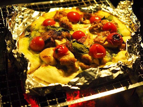 アルミホイルでピザを焼く