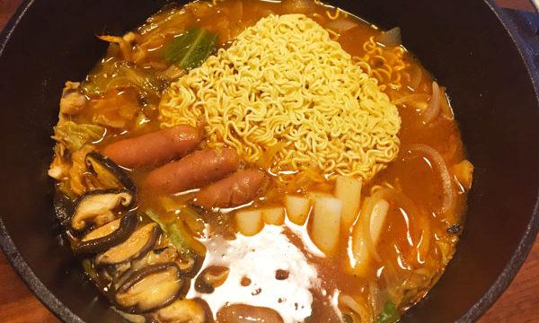 プデチゲ(韓国風ラーメン鍋)