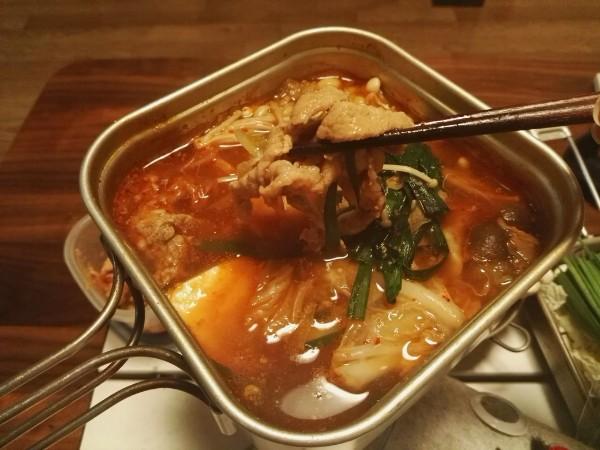 ソロキャンプ用キムチ鍋