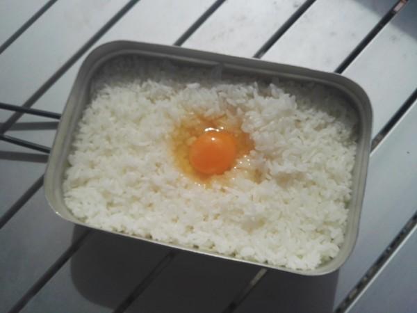 メスティンで米を炊く