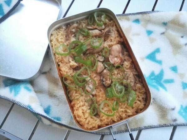 メスティンで作る牡蠣飯