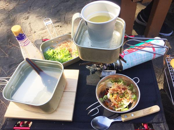 ユニフレーム山クッカーを使って湯豆腐