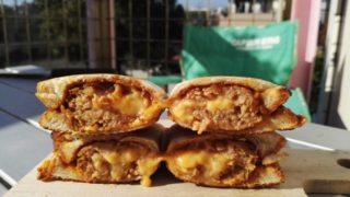 チーズハンバーグホットサンド
