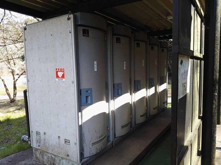 青野原キャンプ場の女子トイレ