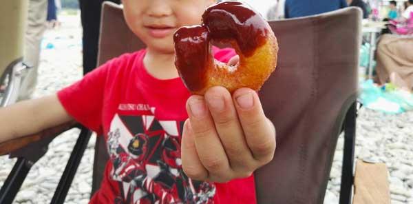 子供大喜び!キャンプで作れる簡単ドーナッツ
