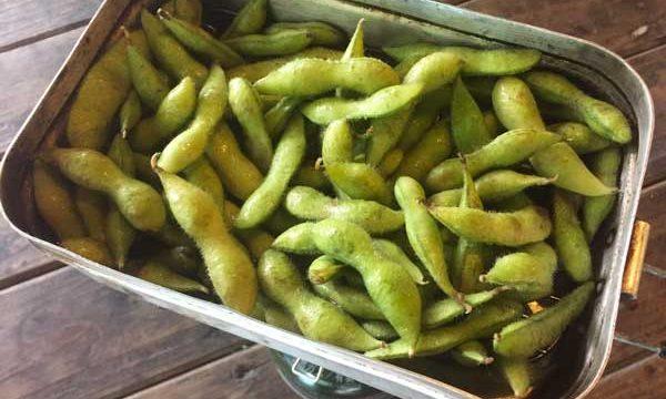 メスティンで枝豆を蒸す