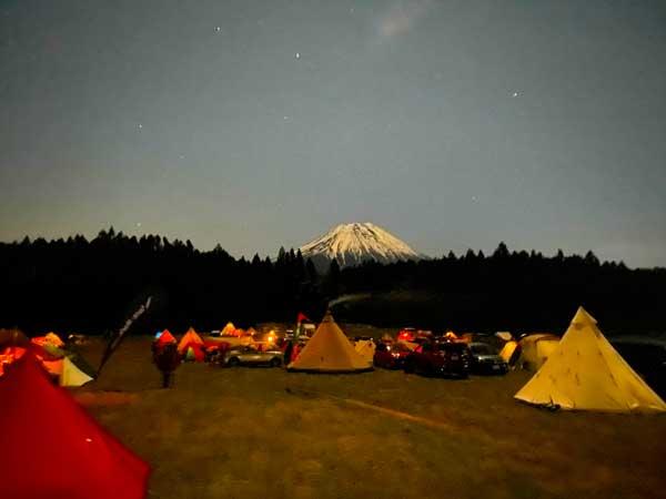 12月朝霧高原の夜