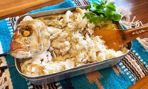 【レシピ】メスティンで簡単に作れるあこがれの鯛めし。